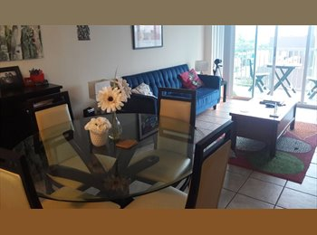 Shared 2/2 close to Metrorail and Downtown