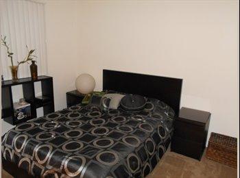 Room for rent  Broward Pompano Beach very close to
