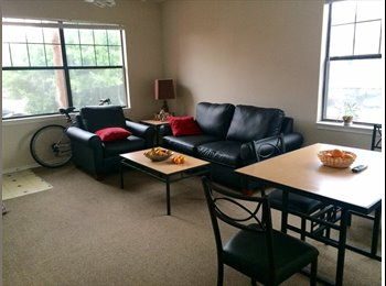 SUBLEASE AVAILABLE! MAY 2015 - JULY 2016!!