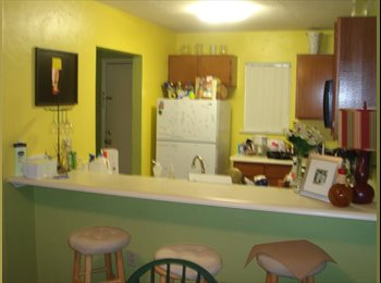 EasyRoommate US - Furnished 2BR-2BATH close to campus - Ocala, Gainesville - $375 /mo