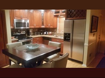 EasyRoommate US - tony has a room to rent - Sunrise, Ft Lauderdale Area - $750 /mo
