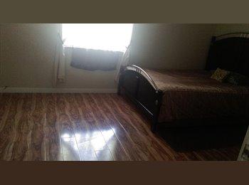 EasyRoommate US - Room in rent - Summerlin, Las Vegas - $450 pcm