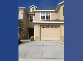 EasyRoommate US - Hunters Creek/ The Loop town home  - Kissimmee, Other-Florida - $500 pcm