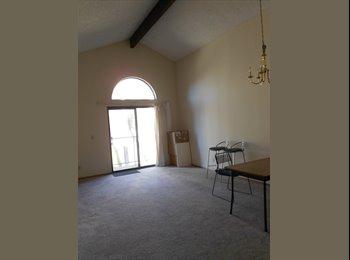 1 bed room w/ 1 private Bathroom near mesa college