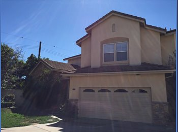 EasyRoommate US - Spacious home on the East Side of Costa Mesa - Costa Mesa, Orange County - $1,400 pcm