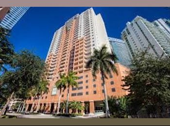 EasyRoommate US - Room with private balcony and bathroom - Brickell Avenue, Miami - $1,075 /mo
