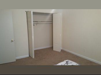 Room for rent 350$