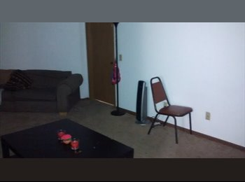EasyRoommate US -  1 BR available in a 4 BR apartment! Mail ASAP - Madison, Madison - $300 pcm