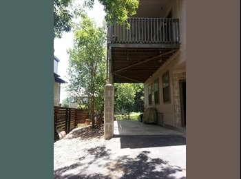 Looking for a Roommate in South Central Austin