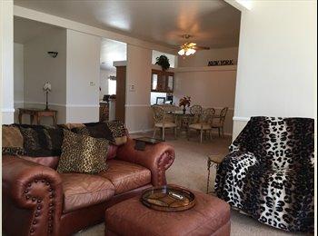 EasyRoommate US - Ex lg room for rent - Hemet, Southeast California - $550 /mo