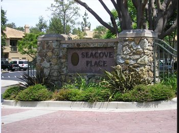 EasyRoommate US - Fabulous Seacove Place Townhome Master Bedroom - Aliso Viejo, Orange County - $1,250 pcm
