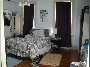 SPACIOUS PONCEY HIGHLANDS ROOM
