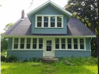EasyRoommate US - Looking to share my empty house with someone - Madison, Madison - $650 pcm
