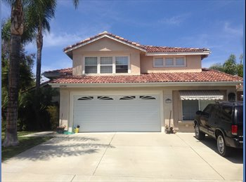 EasyRoommate US - 2 bedrooms available to live with a couple - Temecula, Southeast California - $950 pcm