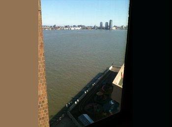 East River Room w Priv Bath _$1500