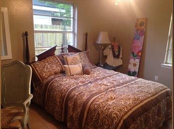 EasyRoommate US - Room with half bath for rent - Longview, Longview - $500 /mo