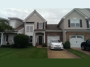 EasyRoommate US - Downstairs Master suite for rent - Chesapeake, Chesapeake - $650 pcm