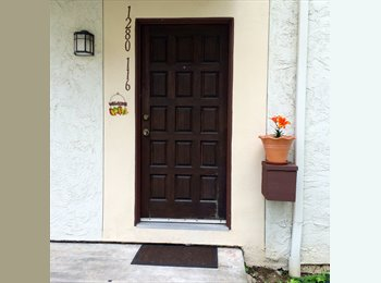 1 bd private bath homey townhouse MOVE IN NOW