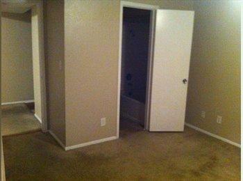 EasyRoommate US - Looking for a Roomie - Green Valley, Las Vegas - $500 pcm