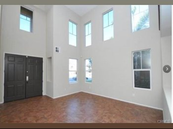 EasyRoommate US - Room for rent in big beatiful house - Murrieta, Southeast California - $500 pcm