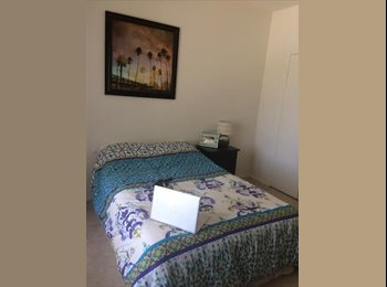 EasyRoommate US - Sunny & Spacious Room in Townhouse - Irvine, Orange County - $762 pcm
