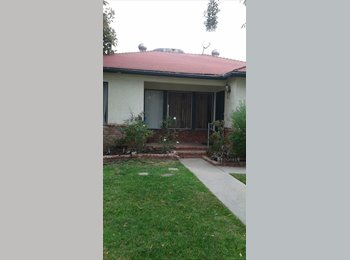 $1000 Private Room for rent in Encino