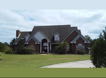 Share a 6000 Sq Ft Home on 3 Acres  UTILITIES Incl
