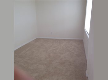 EasyRoommate US - 2 Bedrooms Available! Need to find roommates ASAP - Long Beach, Los Angeles - $650 pcm