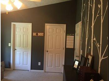 EasyRoommate US - Looking for female roommate - Nashville Area, Nashville Area - $600 pcm
