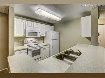 Room for rent- Lynnwood- EDCC