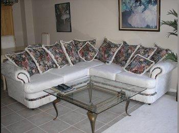 EasyRoommate US - Peaceful Master BR/ private bath/Aliso Viejo $875 - Aliso Viejo, Orange County - $875 pcm
