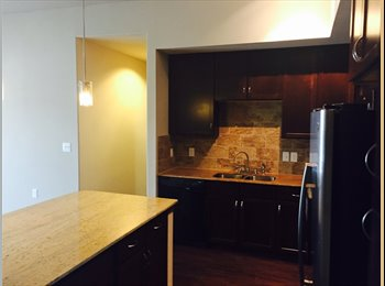 EasyRoommate US - Lakewood flats minutes from white rock lake - East Dallas, Dallas - $675 pcm