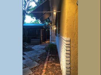 EasyRoommate US - Looking for a roommate for Aug and Sep - Coconut Grove, Miami - $1,000 pcm