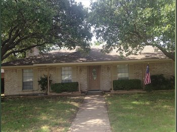 EasyRoommate US - Large Master bedroom w/Ensuite Bathroom for rent in 3 bedrm home. - Other North Dallas, Dallas - $775 pcm