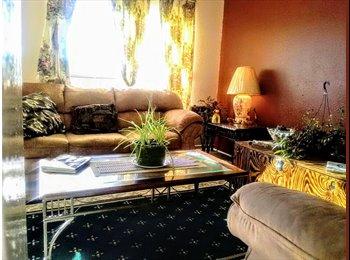 EasyRoommate US - House in Waco Central Location - Waco, Waco - $300 pcm