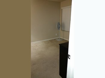 EasyRoommate US - Extra room for a friendly individual or couple. - Summerlin, Las Vegas - $400 pcm