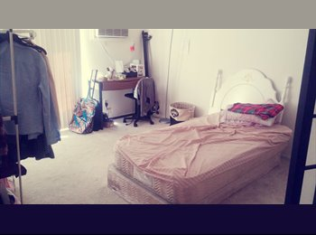 SPACIOUS AND PRIVATE ROOM FOR JULY $726/month