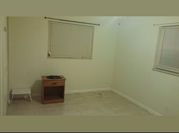 EasyRoommate US - Private room for rent - Deerfield Beach, Ft Lauderdale Area - $600 pcm