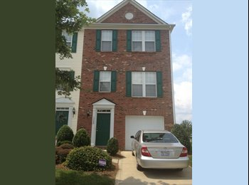 EasyRoommate US - Room for rent in a 3 bedroom Townhome - Mecklenburg County, Charlotte Area - $500 pcm