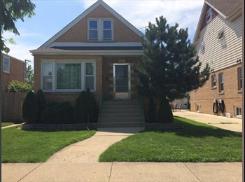 EasyRoommate US - beautiful house for rent - Near South Side, Chicago - $700 pcm