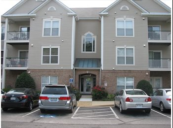EasyRoommate US - Lake View Master Bedroom w/Private Bath Kingstowne - Alexandria, Alexandria - $1,100 pcm
