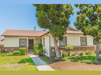 EasyRoommate US - Beautiful home located in Canoga Park - Los Angeles, Los Angeles - $800 pcm