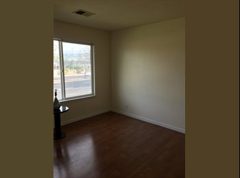 EasyRoommate US - Looking for a Clean, Considerate Roomie - Evergreen, San Jose Area - $750 pcm