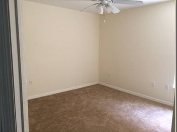 EasyRoommate US - Room for Rent - Kendall, Miami - $800 pcm