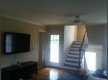 EasyRoommate US - Walk to Downtown Greenville - Greenville, Greenville - $615 pcm