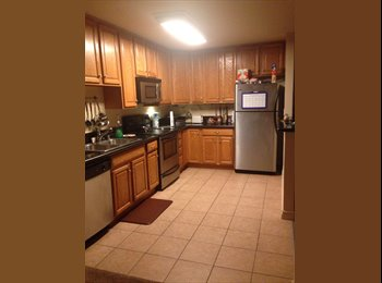 EasyRoommate US - room for rent - National City, San Diego - $650 pcm