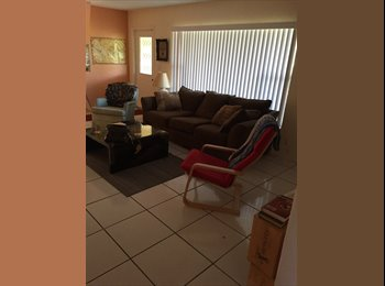 EasyRoommate US - Private bedroom and bathroom, shared house 650 - Boynton Beach, Ft Lauderdale Area - $650 pcm