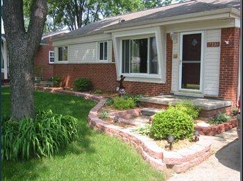 EasyRoommate US - Charming House in Southfield - Southfield Area, Detroit Area - $625 /mo