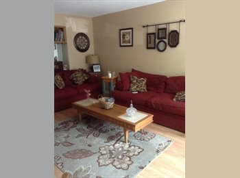 EasyRoommate US - Beautiful town house with room to rent - Waterbury, Other-Connecticut - $600 pcm