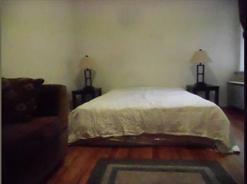 EasyRoommate US - SUNNY ROOM - ACROSS FROM YANKEE STADIUM - Kings Bridge, New York City - $780 pcm